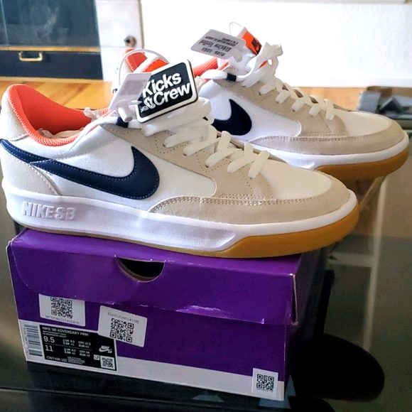 Nike SB Adversary Turf Orange Midnight Navy 9.5
